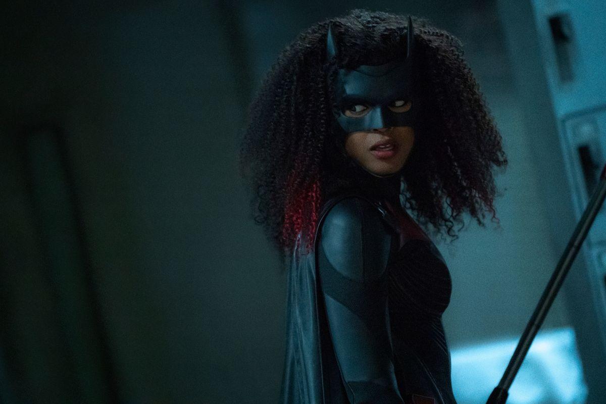 La showrunner de Batwoman Caroline Dries revela el futuro de Kate Kane