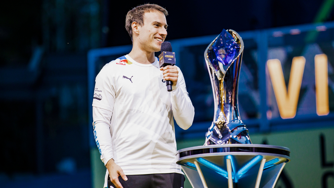 Cloud9 Perkz afirma que Kassadin nunca se puede equilibrar en League