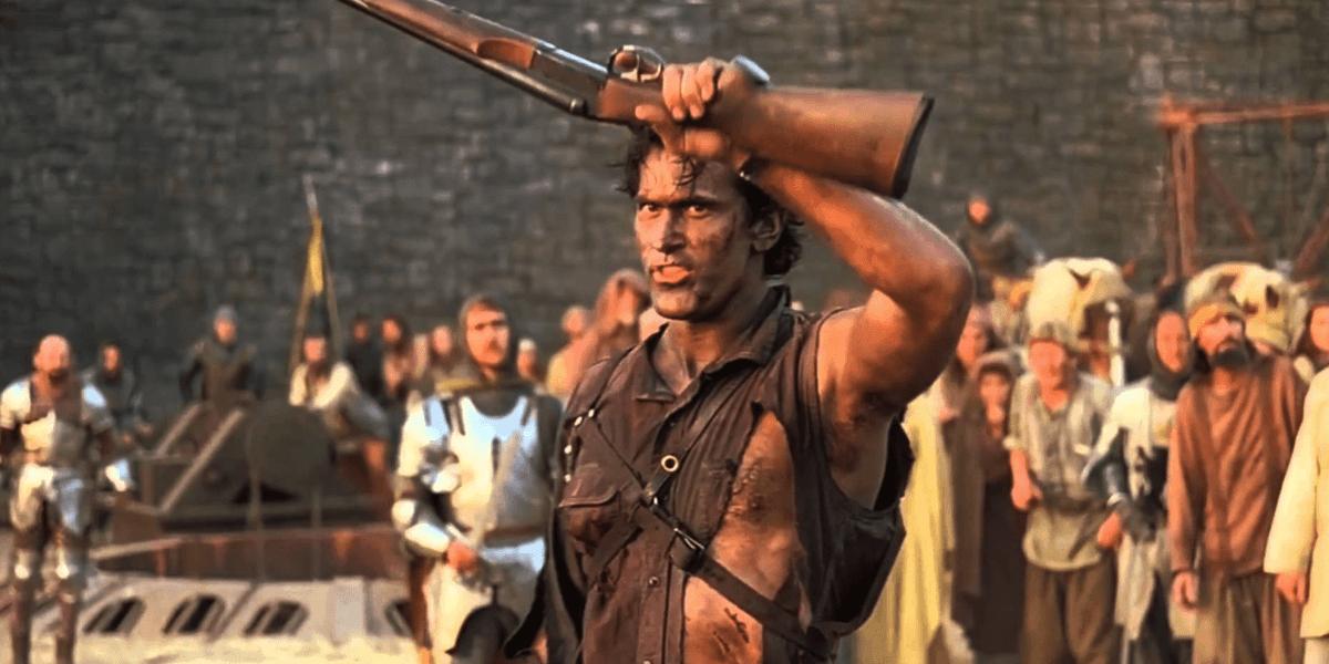 Bruce Campbell revela por que se ve hecho jirones en el póster del Ejército de las Tinieblas