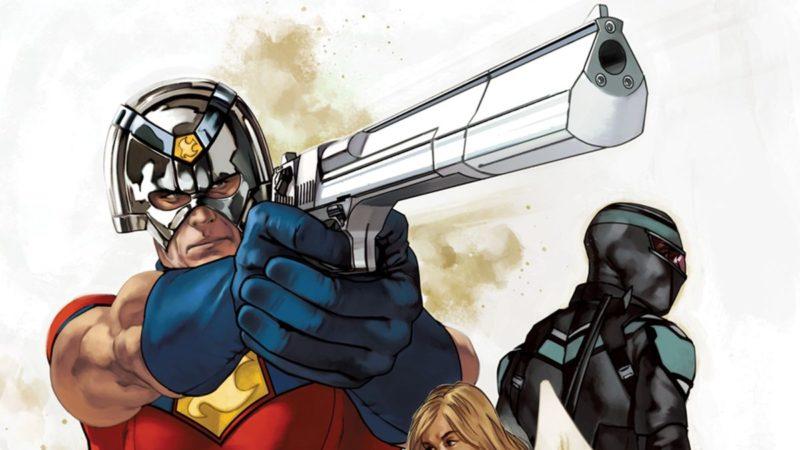Pacificador de John Cena camina salvajemente sobre la portada del cómic de enero de 2022 de DC